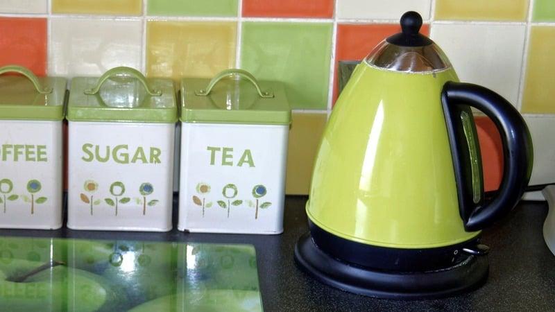 clean electric tea kettle