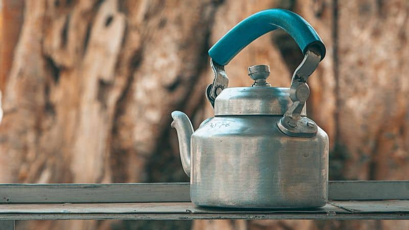 clean stainless steel kettle