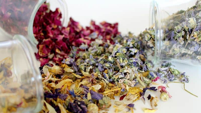 dried herbs for bath tea