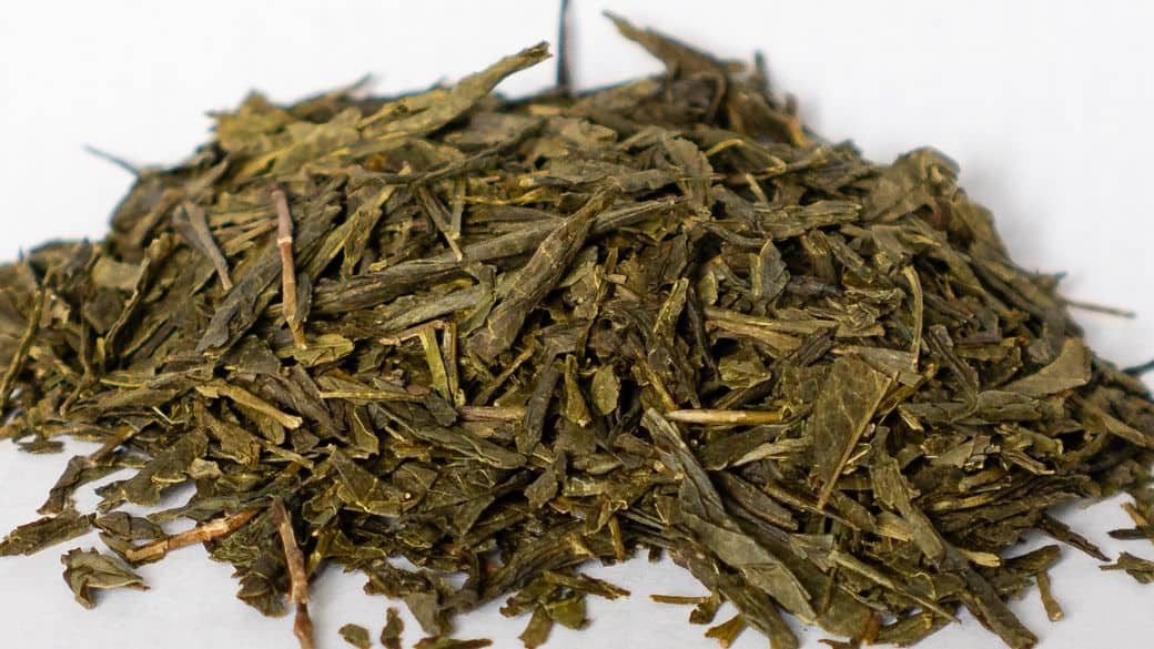 Bancha Tea Green Leaves