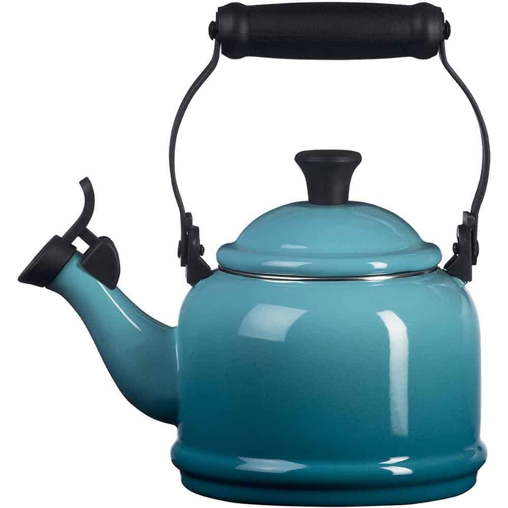 Le Creuset whistling tea kettle review