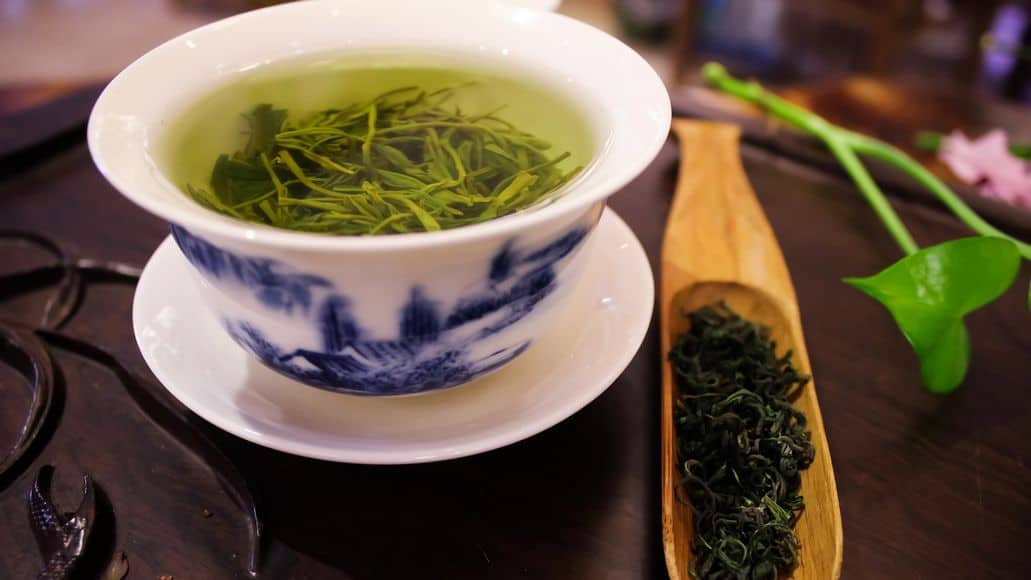green tea with tannins