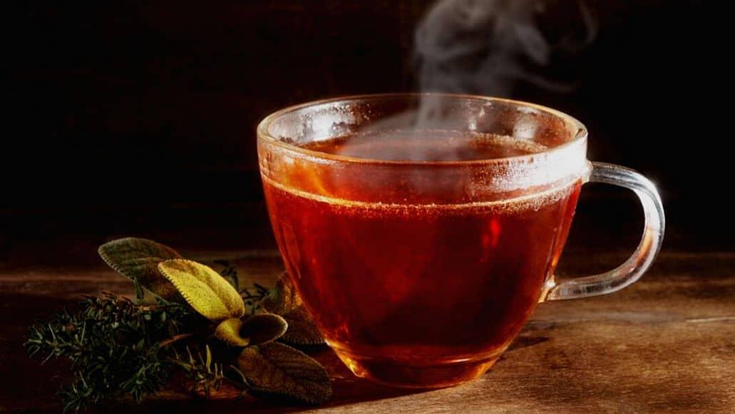 oolong tea in cup